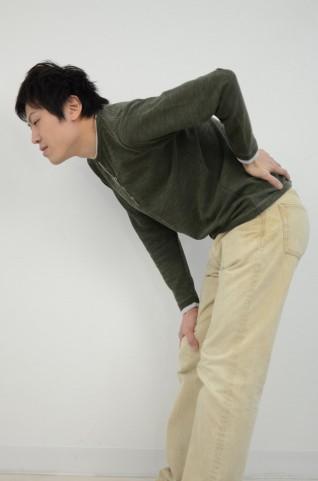 椎間板ヘルニア・脊柱管狭窄症・坐骨神経痛・骨盤矯正の施術動画