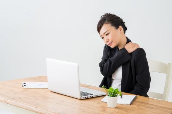 整形外科でも以上なしと言われ、それでも腕がしびれる・・。それは頸肩腕症候群かも。
